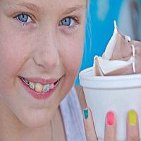 آیا می توان در طول ارتودنسی غذا خورد؟